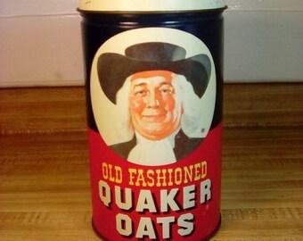 Vintage 1982 Quaker Oats Tin, Vintage Tin, Advertising Tin, Vintage Kitchen, Kitchen Decor, Retro 80's, Quaker Oatmeal Tin