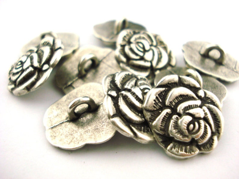 50 Ösenknöpfe Knopf Metallknopf antikkupfer Blume 15mm Knöpfe