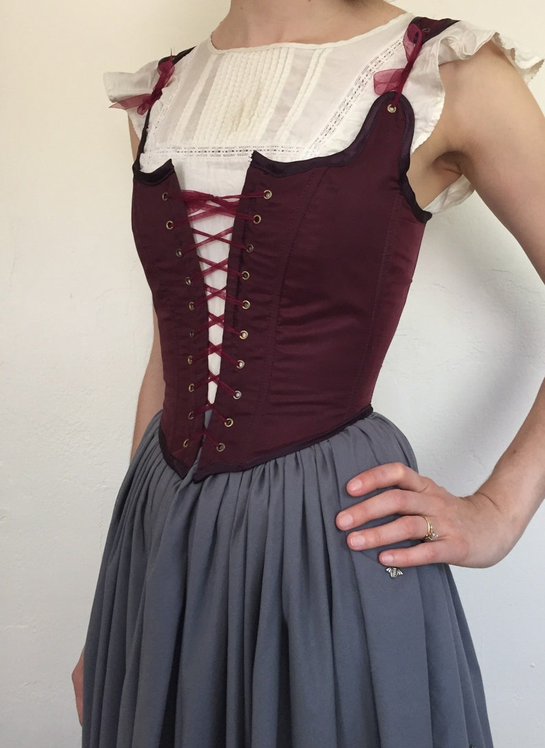 2756fde5b5 Peasant Bodice Renaissance Corset in Purple Red Plum with