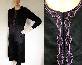1920s Dorelia Black Satin Jacquard Peasant Dress with Embroidered Detail / 20s Folk Dress / Vintage Day Dress / SIZE UK 10