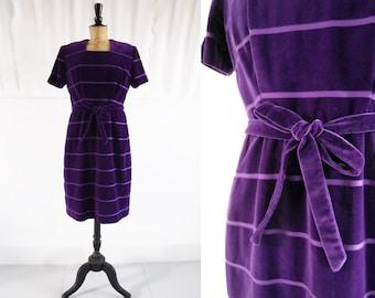 1950s African Violet Soft Velvet Belted Evening Dress / 50s Party Dress / Vintage Velvet Dress / SIZE UK 12