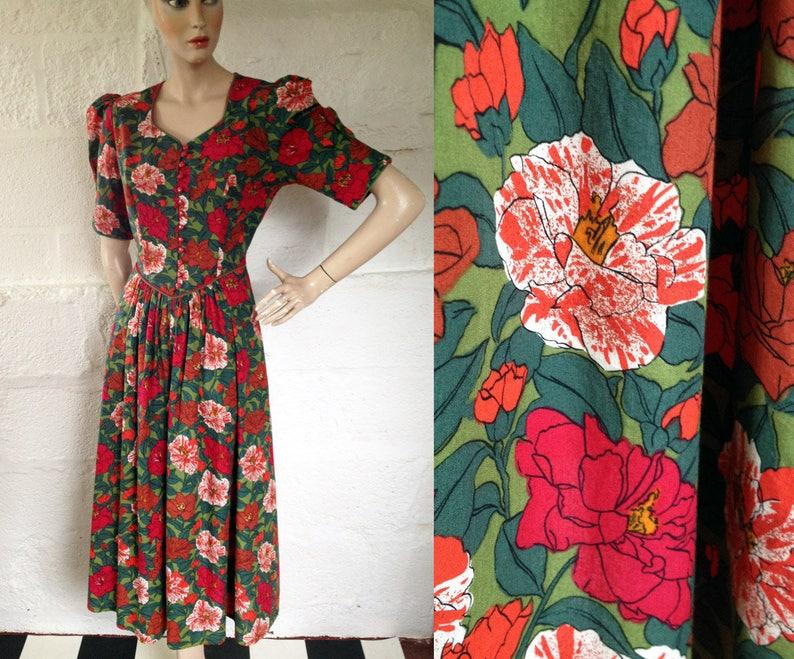 54273a941e Años 1970-80s  Origen  Rambling Rose libertad Vestido