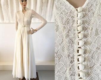 1940s Cream lace Fairytale Wedding Dress with Sweetheart Neckline / 40s Wedding Dress / Vintage Wedding Dress / SIZE UK 8