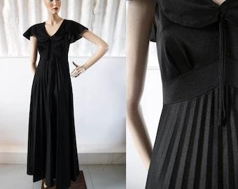 1930s Style Deco Goddess Black Bias Cut Evening Dress with Knife Pleat Skirt / 70s Dress / Vintage Party Dress/ SIZE UK 10