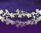 Exquisite Bridal Bride / Flower Girl Crystal Flower Comb (482)