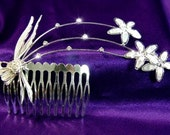 Exquisite Bridal Flower Clear Crystal Rhinestone Comb (480)