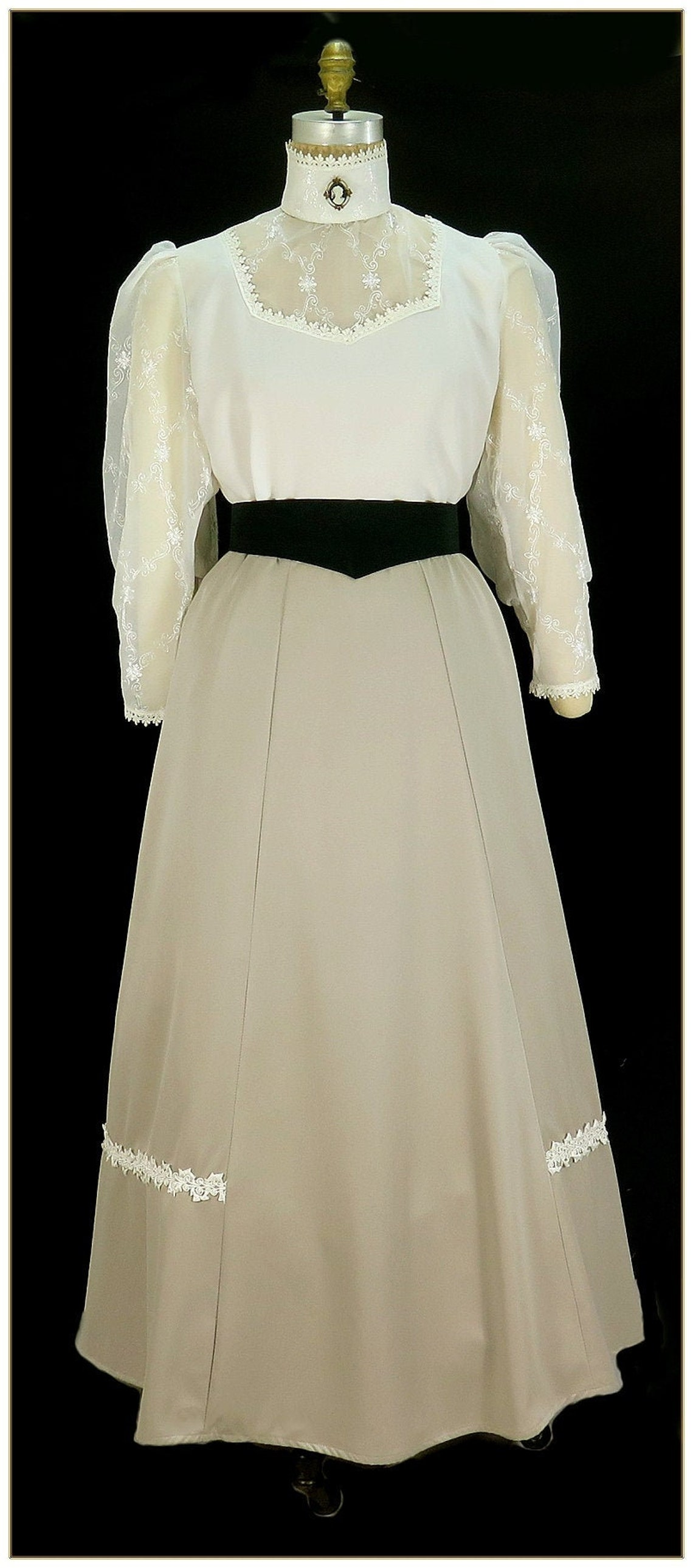 1920s Skirt History Victorian Taupe Gabardine Skirt $69.00 AT vintagedancer.com