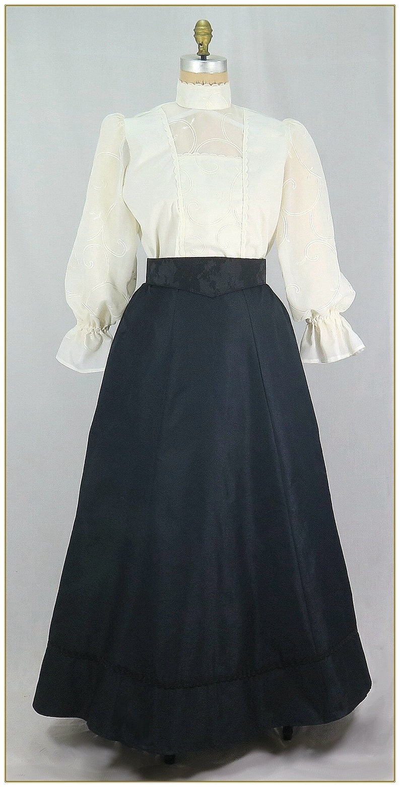 Victorian Costumes: Dresses, Saloon Girls, Southern Belle, Witch Victorian Black Trim Skirt $59.00 AT vintagedancer.com