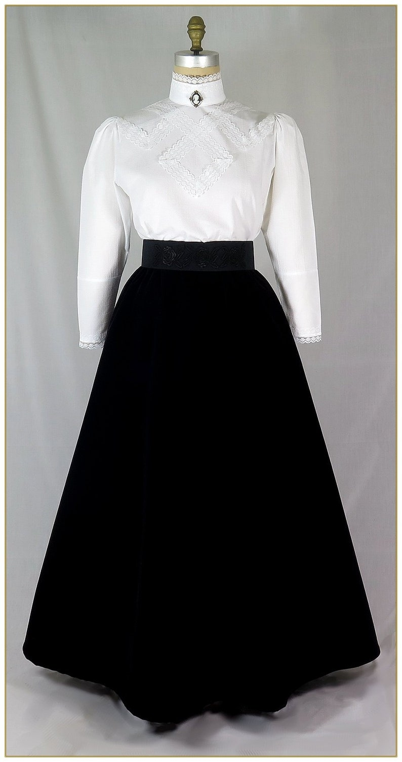 1900 -1910s Edwardian Fashion, Clothing & Costumes Black Velveteen Victorian Skirt $69.00 AT vintagedancer.com