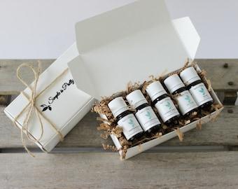 Holiday Essential Oil Set (Christmas Gift Set) - Peppermint, Cinnamon Leaf, Orange (Sweet), Nutmeg and Pine Essential Oil Scents