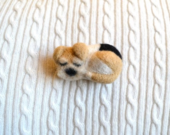 Handmade needle felted dog brooch (handmade needle felt cute doge brooch Welsh Terrier brooch Wire Fox Terrier brooch)