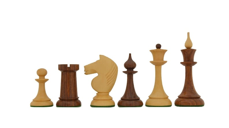 The 1950s Soviet Russian Latvian Reproduced Chess Pieces in image 0
