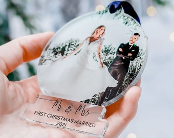 First Christmas Married Ornaments, Mr And Mrs Photo, Our First Christmas, Just Married Ornament, Wedding Couple Custom Gift, 2021 Decoration