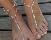 Ivory Pearls bride bridesmaid barefoot sandals silver barefoot sandals.wedding barefoot sandals bridal barefoot sandals.pearls anklets