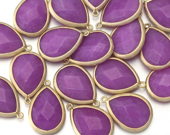 10% OFF (10 Pieces) . Purple Jade Gemstone Pendant . Wholesale Jewelry Supply . 16K Matte Gold Plated over Brass  / 10 Pcs - AG010-MG-PJ