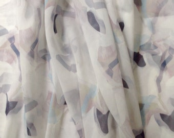 Silk Chiffon, 2 5/8 Yards, Geometric Print, Pale Grey & White
