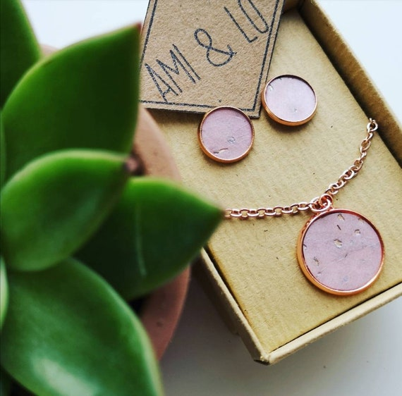 Cork leather jewellery gift set. Pendant and earring set. Sustainable ethical eco-friendly, studs, rose gold hypoallergenic vegan leather