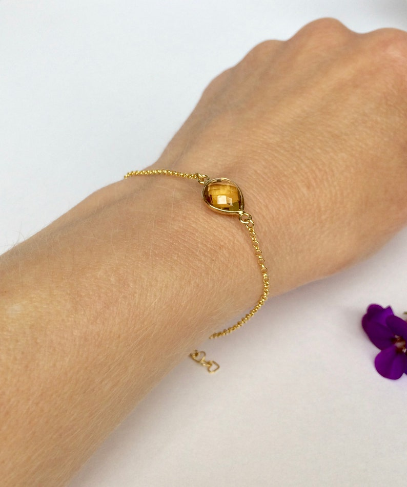 Teardrop Gemstone Gold Bracelet Stacking Bracelet Layering Bracelet Gemstone Jewellery Gold Quartz Chain Bracelet Honey Quartz Bracelet