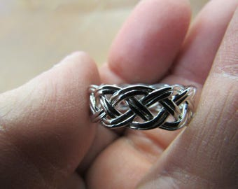 Hand Made Silver Celtic Knot Ring Size 8