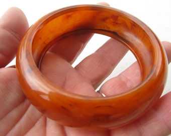 1950s Orange Marbled and Domed Wide BAKELITE Bangle TESTED