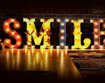 "Marquee letter, marquee light, carnival letter, photo booth, Lighted MARQUEE SIGN, Antiqued Marqee Sign: Vintage Style ""SMILE"" marquee"