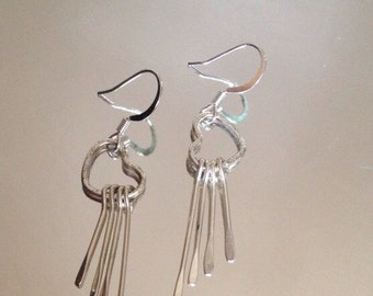 Bright Silver Colored Heart Dangle Earrings - ReCreated Vintage/Fashion Jewelry
