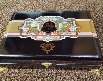 Cigar Box Jewelry Box Humidor Trinket Box Humidor Men's Gift Box My Father Garcia & Garcia CT Edition Black Lacquered Cigar Box