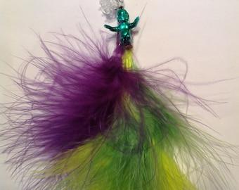 Beard Art Baubles Mardi Gras laissez les bon temps rouler Gift Set Accent  King Cake Baby Theme Color Feathers