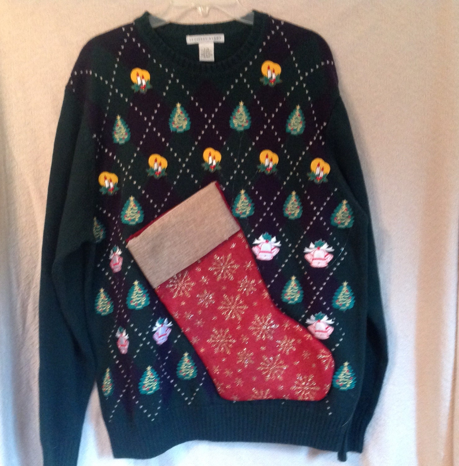 Men's Ugly Christmas Sweater L Party Hand Made Sweater with Bottle Pocket Wine Carrier Sweater BYOB Pocket nxBvln