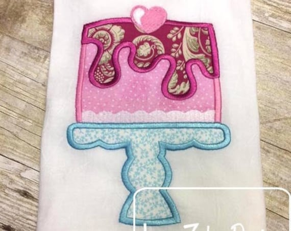 Cake with Heart Appliqué embroidery Design - Valentines day appliqué design - Valentine appliqué design - cake appliqué design