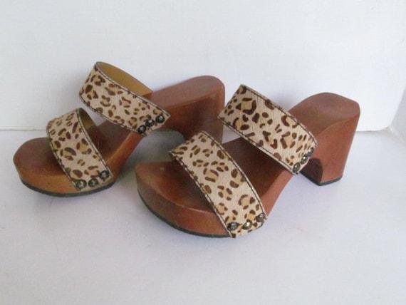 1970s Wooden Clog Shoe Cheetah Sandals Wood Clogs