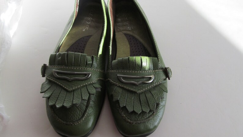 8cecdb127dfb5 Olive Green Leather Flat Shoes sz 6 Eu 4 Aerosoles Loafer Shoes Comfortable  shoes