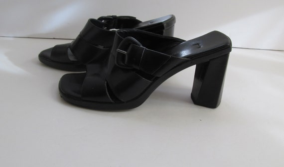 Black Chunky Heel  shoes sz 6 Black Leather Shoes… - image 1