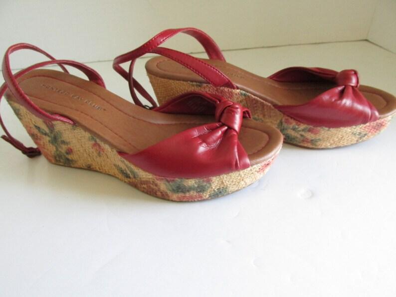 76dac6923df33 Red Floral Wedges Sandals sz 6.5 Wedge Heel Shoes Floral Twine Wedge heel  shoes Red Sandals with Heels Red Shoes sz 6 5