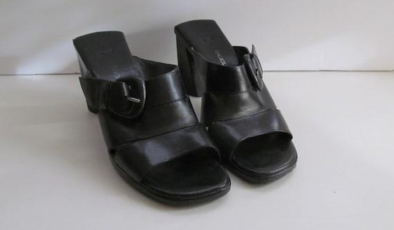 Black Chunky Heel  shoes sz 6 Black Leather Shoes… - image 2