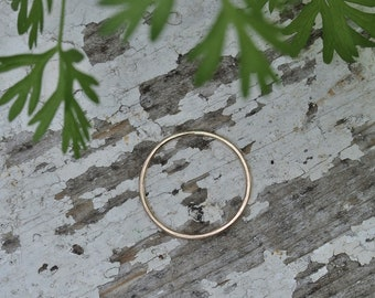 SOLIS 10 Karat gold handgeschmiedeten zarte minimalistische band