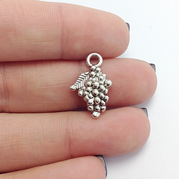 6 cookie charms antique silver tone FD144