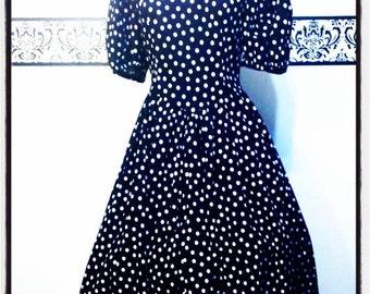 1950's Black  and White Polka Dot Rockabilly Dress, Size Medium, Vintage 50's Polka Dot Pin Up Day Dress, 50's Black & White Polka Dot Dress