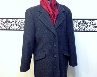 1980's Charcoal Grey Wool Pea Coat by Worthington, Women's Size 6P, Vintage Gray Peacoat by Worthington, Women's Wool Outerwear, Hipster