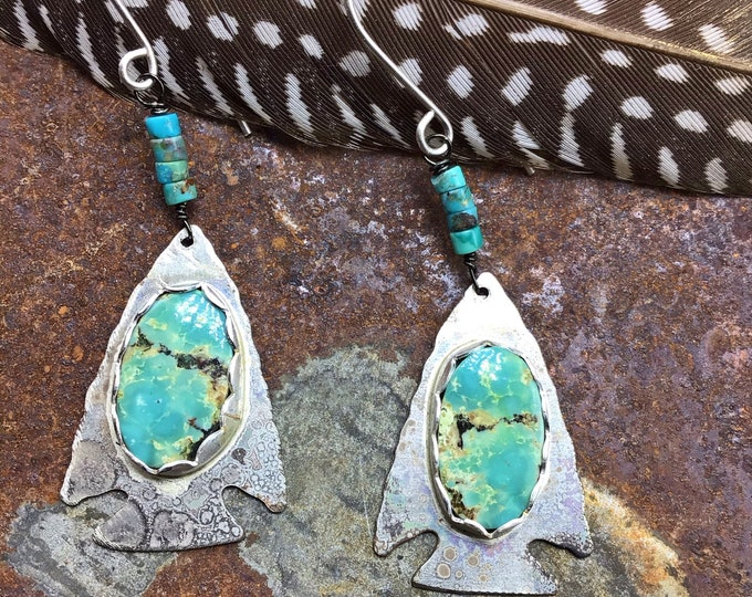 Rustic arrowhead earrings with bezel set turquoise, cowgirl fashion,Native American,western fashion, cowgirl fashion, bohowestern
