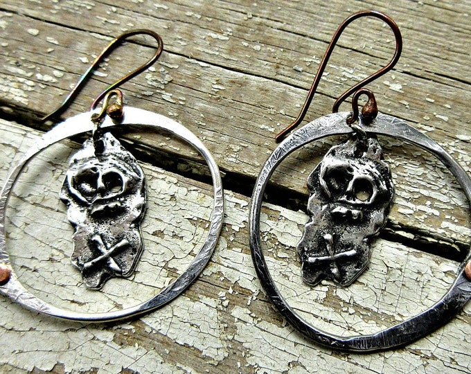 Dead men tell no lies pirate earrings by Weathered Soul, skull, rustic, hoop, riveted, artisan, USA, costume party, Inviciti, pirate party