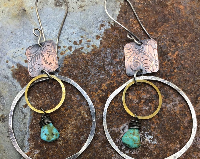 Simplistic double hoops with turquoise wire wrapped inside,Sundance style,medium hoops,hammered,artisan,urban chic,minimalist