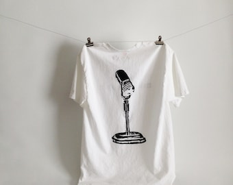 FIRST EVER microphonic t-shirt! Black and White Tee Shirt. Tagless TShirt. Microphone tshirt. *Free Shipping.