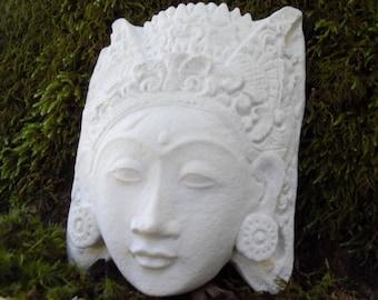 Kwan Yin Statue, Goddess Statue Compassion and Mercy, Quan Yin Statue Wall Hanging, Kuan Yin Plaque, Quan Yin Goddess, Female Buddha, H&L