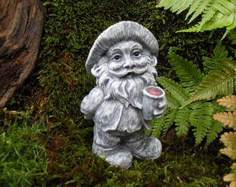 Gnome Statue, Garden Gnome Statue, Drinking Gnome Statue, Gnome Garden Decor