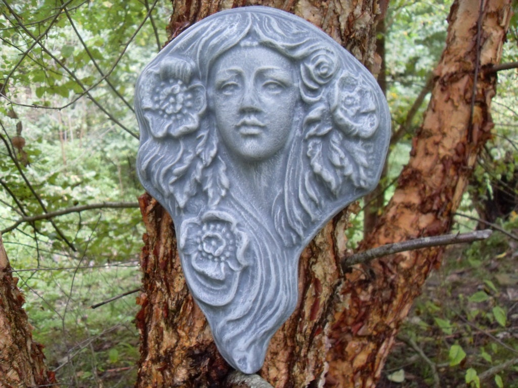 Ancient Gaia Statue goddess wall plaque, nouveau maiden wall plaque, gaia plaque, goddess flora  sculpture, goddess sculpture, flora statue, flora wall hanging,
