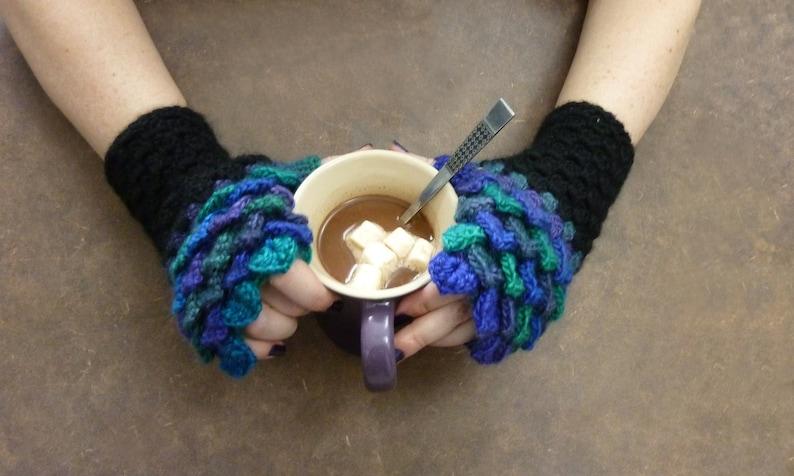 Dragon Scale Fingerless Crochet Gloves  Northern Lights  image 0