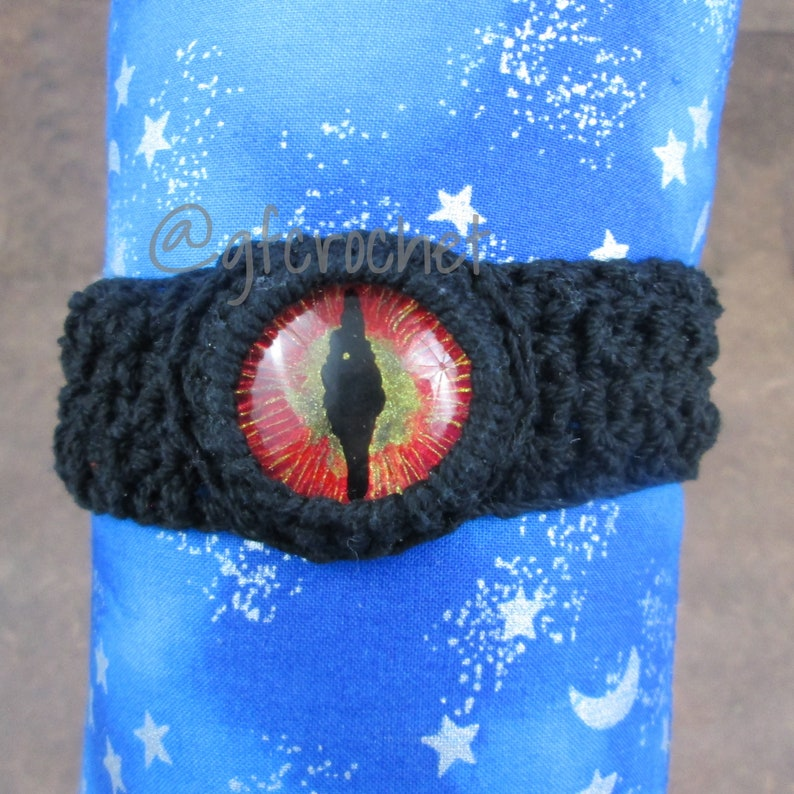 Hand Painted Dragon Eye Bracelet  unisex image 0