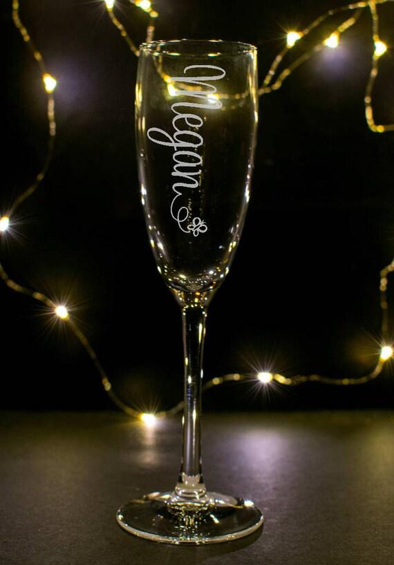 1 Verre de vin de flûte de Prosecco gravé à la main personnalisé avec n'importe quel nom PAS STICKERS DE VINYL