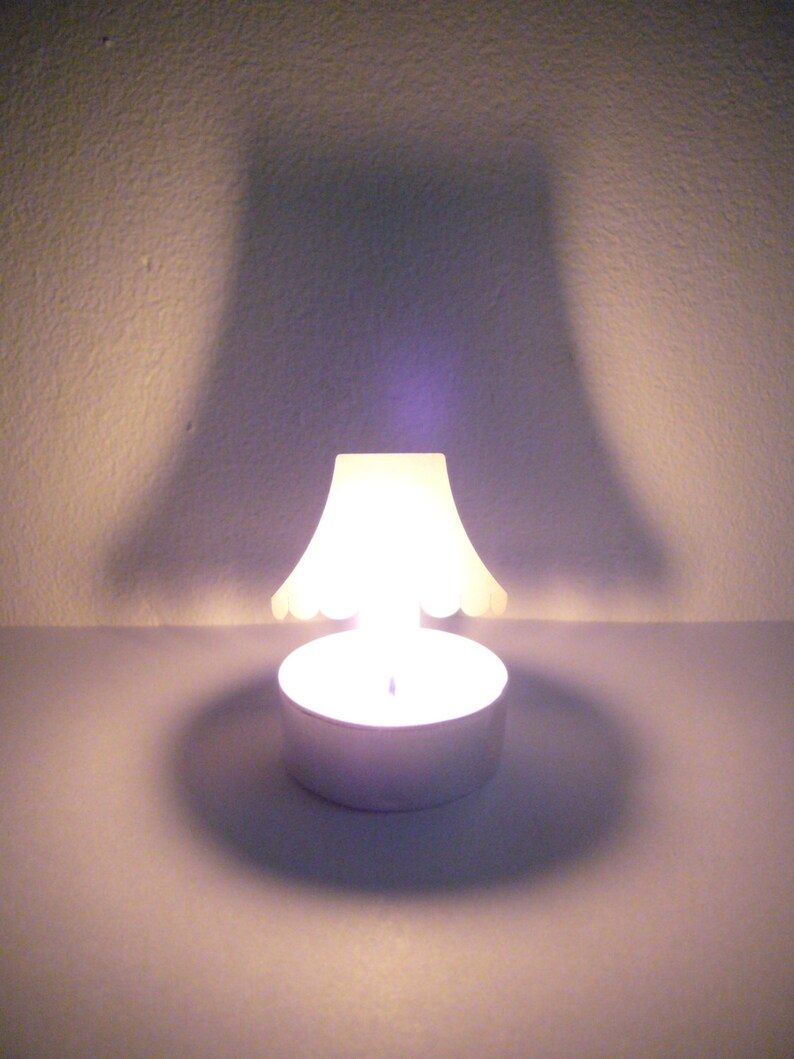 TWILIGHT Heirloom stormlight lamp with playfull image 0